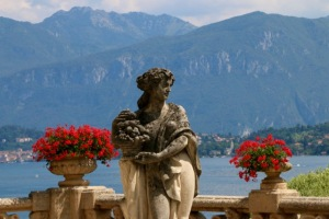 A statue surveys the scene at the spectacular Villa Balbianelli on Lake Como